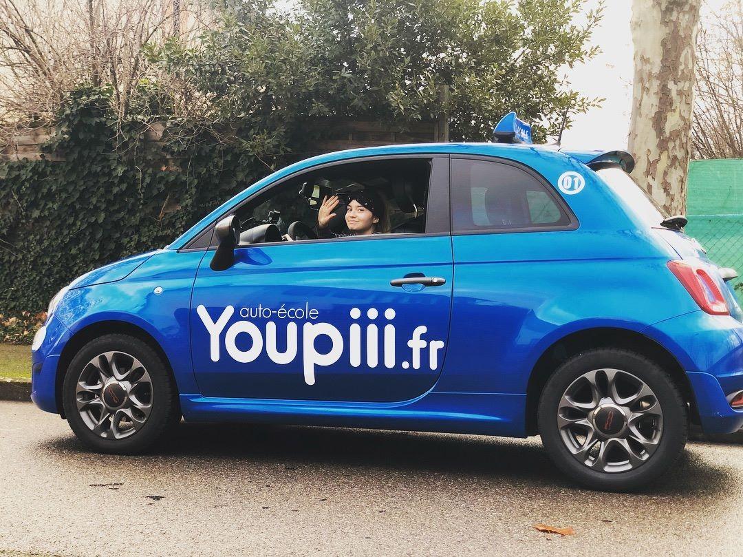 Photo voiture bleu auto école youpiii